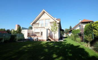 2 generačný rodinný dom v Podunajských Biskupiciach