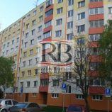 Na prenájom 4 izbový zariadený byt na Belinského ulici v Petržalke