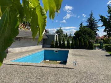 Predáme 5 izbový rodinný dom vo vyhľadávanej časti v Modre s malebným výhľadom na Karpaty