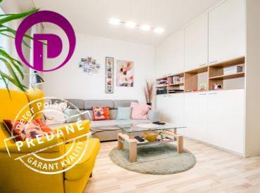 PREDANÉ - 1,5i byt, 41 m2 – BA-Dúbravka: priestranný, moderný, KLIMATIZÁCIA, VEĽA ZELENE, ELEKTRIČKA, dobré PARKOVANIE
