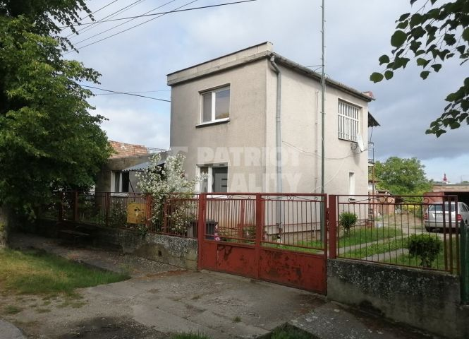 Rodinný dom - Mýtne Ludany - Fotografia 1