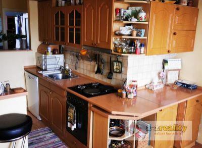 2951 Na predaj 3 izb.byt v Nových Zámkoch