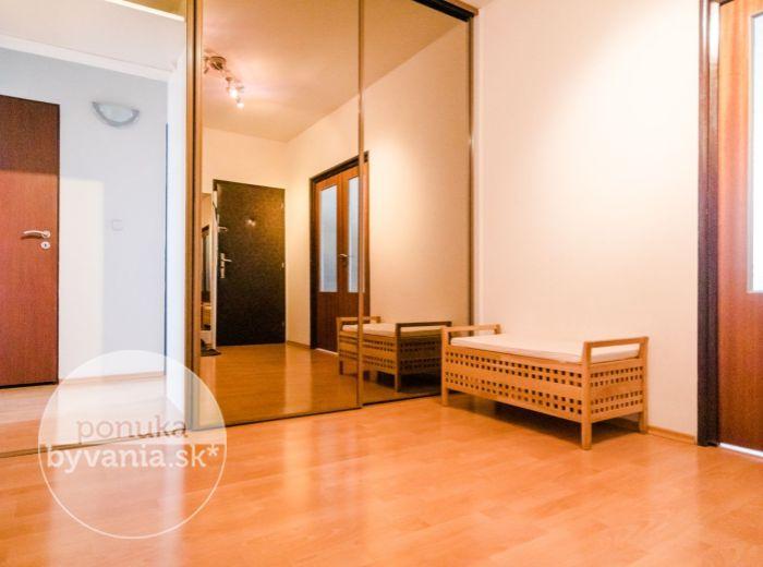 REZERVOVANÉ - MACHAROVA, 4-i byt, 87 m2 - CENTRUM mesta na pešo, ELEKTRIČKA, skvelá dostupnosť, TOP LOKALITA