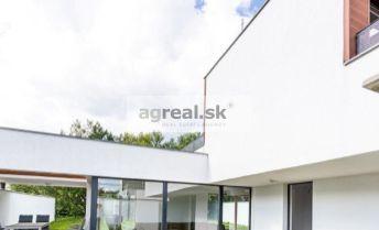 Moderný 4-izbový rodinný dom na Kútskej ulici (BA IV-Záhorská Bystrica)
