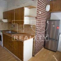 2 izbový byt, Dolný Kubín, 48 m², Čiastočná rekonštrukcia