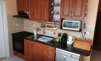 Nové bývanie pre Vás.3izb byt z komorou a špajzou