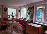 --PBS-- Starší rodinný dom 3+1 v pôvodnom stave na rekonštrukciu pod lesom v obci SMOLENICE