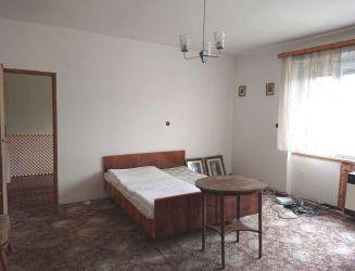Zvolen, centrum mesta – veľký 3-izbový by s loggiou, 104 m2 – predaj