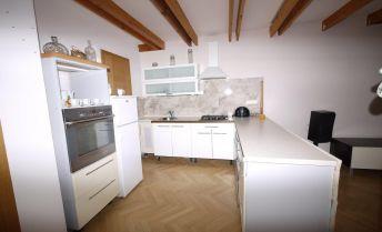 2-izbový byt v mestskej vile - Galandova ulica - Centrum mesta
