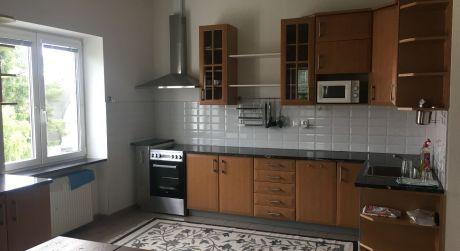 Prenájom 3,5 izbového bytu v rodinnom dome so samos. vchodom na Matúšovej ulici pri Horskom parku