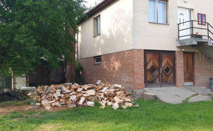 GEMINIBROKER Vám ponúka na predaj 4 izbový rodinný dom v obci Pálháza (Maďarsko)