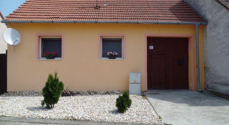 Na predaj menší rodinný dom v Gbeloch