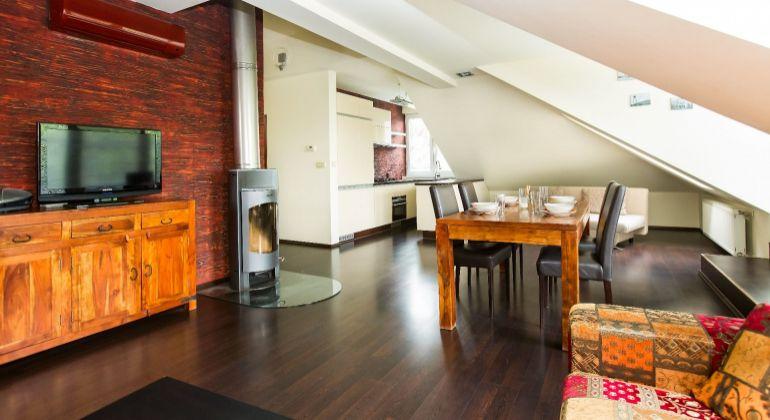 Veľký 3-izbový byt s terasou v Ružinove