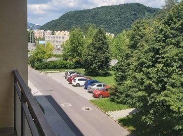 Veľký 3 izbový byt Radvaň- Rezervovaný