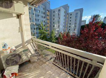 4-izbový byt v Ružinove s plochou 80 m2 s loggiou za 250 000 €