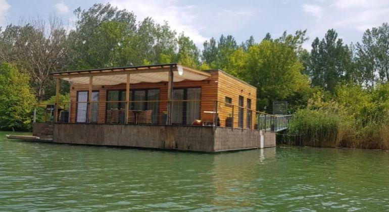Na predaj Hausboat na Dunaji
