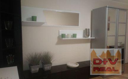 1 izbový byt v rodinnom dome, zariadený, možnosť parkovať na pozemku na prenájom