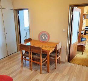 3 izb. byt, Petržalka, Krásnohorská ul., čiastočná rekonštrukcia