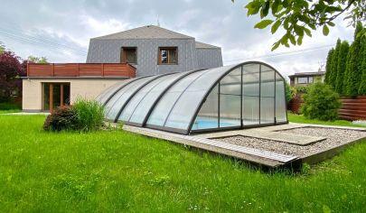 Rodinný dom s bazénom vo vilovej štvrti obce Vendryně, okres Frýdek Místek