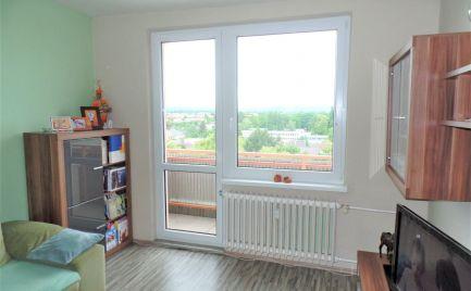 Slnečný 2-izbový byt v centre Senice na predaj