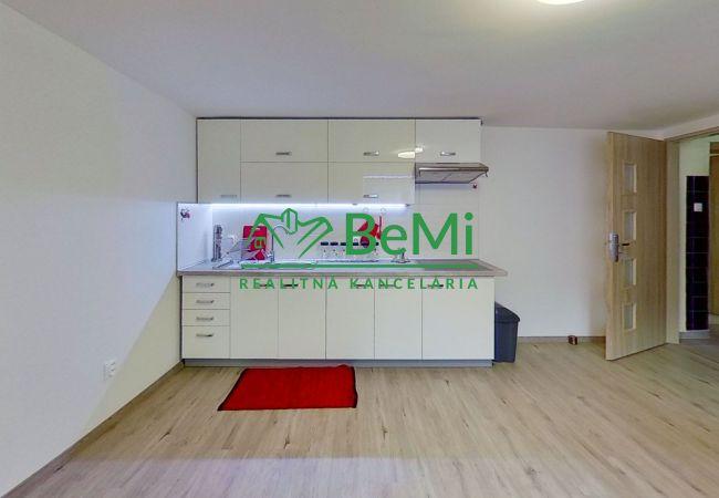 REZERVOVANÉ - Zrekonštruovaný 2 izb. byt v dome na prenájom 042-212-PEC