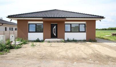 SORTier s.r.o. Predaj moderne riešeného rodinného domu v prevedení STANDARD.