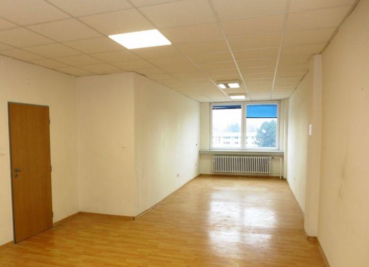 Prenájom kancelária 25 m2 Žilina
