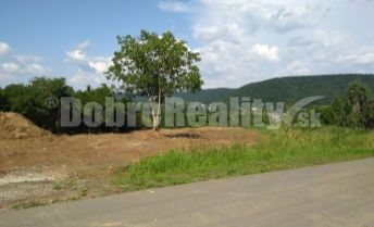 PREDAJ: Stavebný pozemok pre bývanie, aj rekreáciu, 805 m2, obec Hontianske Tesáre, okres Krupina