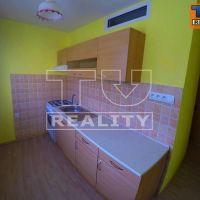 1 izbový byt, Považská Bystrica, 35 m², Čiastočná rekonštrukcia