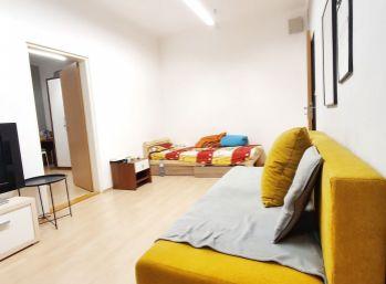 ELIMARK - na PREDAJ 2 izb byt 54 m2, Želežničiarska ulica, Staré Mesto