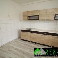 2 izbový byt, Veľký Krtíš, 55 m², Kompletná rekonštrukcia