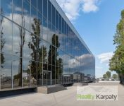 Na prenájom výhodne administratíva o výmere 3x700m2   v TOP lokalite Bratislava-3.