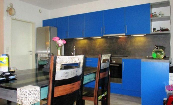 Novostavba tehlový 3izb. byt, 72 m2 so záhradou 58 m2 v Kittsee - Rakúsko na odstúpenie.