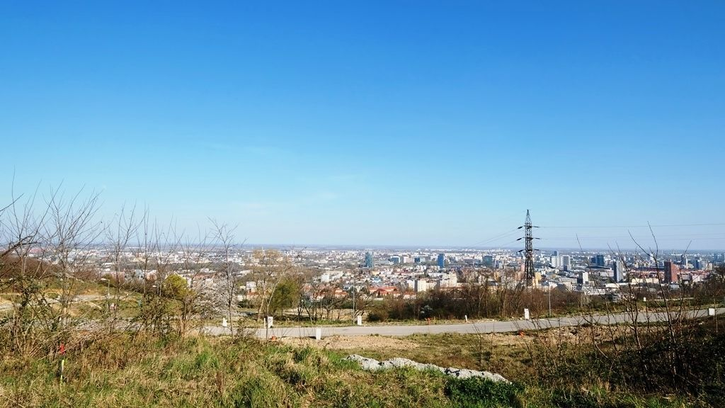 Pozemok pre RD-Predaj-Bratislava - mestská časť Nové Mesto-307020.00 €