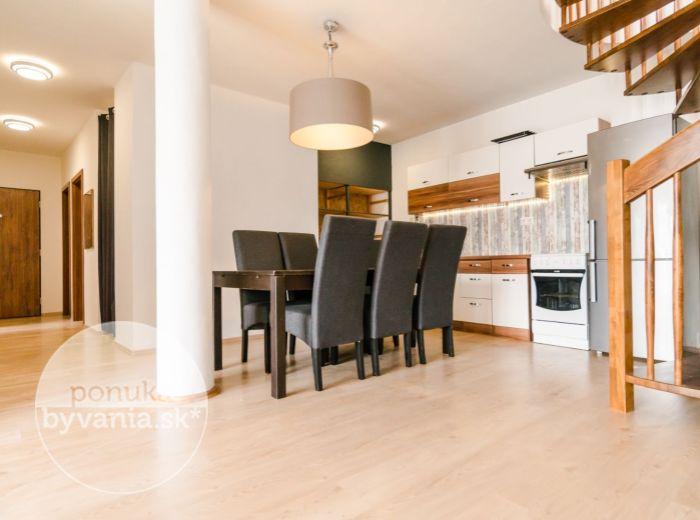 PREDANÉ - HOLUBYHO, 3-i byt, 166 m2 - novostavba s NAJVäČŠOU TERASOU, centrum, garáž