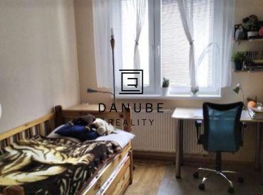 Predaj 3-izbový byt v novostavbe s 2 parkovacími miestami vo Viničnom, Pezinok.