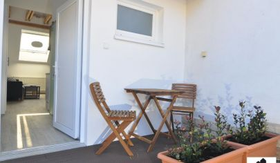 Mezonetový 1 izbový byt s terasou v rodinnom dome so samostatným vchodom