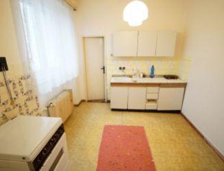 Veľkometrážny 3 izbový tehlový byt (96 m2) v širšom centre Martina na predaj