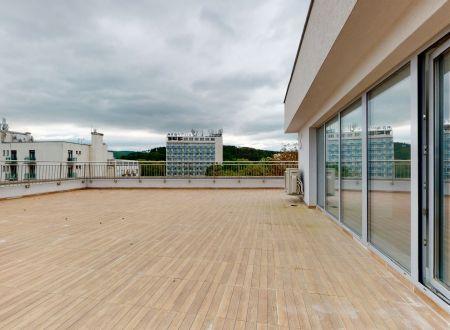 Nový 3 izb. apartmán GALLERYč.61 /Najväčšia terasa v PN, až 160 m2/ Piešťany