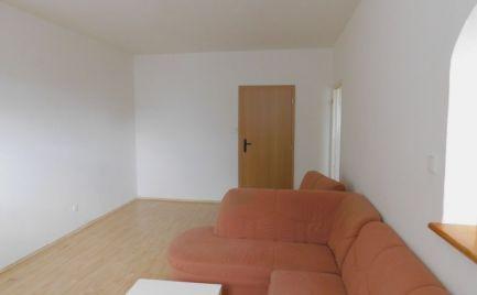 Rezervované! ZĽAVA! Na predaj 3. izbový byt s balkónom - Skalica.