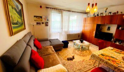 Exkluzívne APEX reality 2i byt s balkónom na ul. M. Bela, čiastočná rekonštrukcia