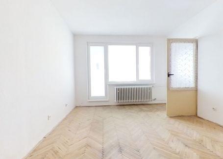 PREDANÉ za 2 dni | 2+kk izbový byt, SNP, Nová Dubnica, 48m2
