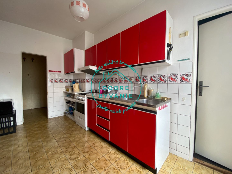 Rodinný dom-Predaj-Nové Zámky-153000.00 €