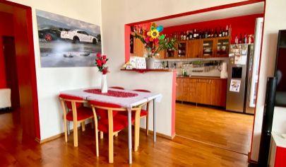Zrekonštruovaný 3i byt s loggiou Hájik