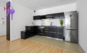 Vzdušný 2i byt v novostavbe s loggiou, Opletalova ulica