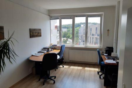 IMPEREAL - prenájom - kancelársky priestor  17 m2,  4. posch. Polianky, Bratislava IV.