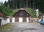 Vynikajúca investičná príležitosť - priemyselný areál v centre obce Makov