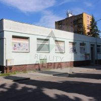 Reštauračné, Handlová, 703 m², Čiastočná rekonštrukcia