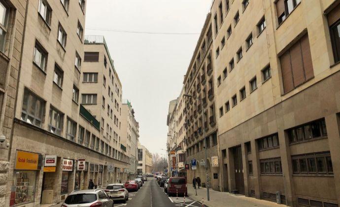 BA centrum Staré Mesto Gorkého ulica prenájom 2 izbového zariadeného bytu 57,73 m2