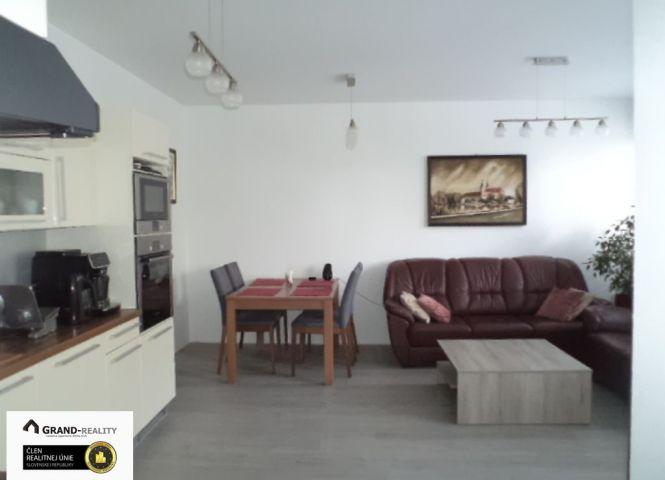 2 izbový byt - Skalica - Fotografia 1